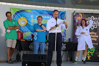 Mayor Rick Kriseman St. Petersburg Science Festival 2017