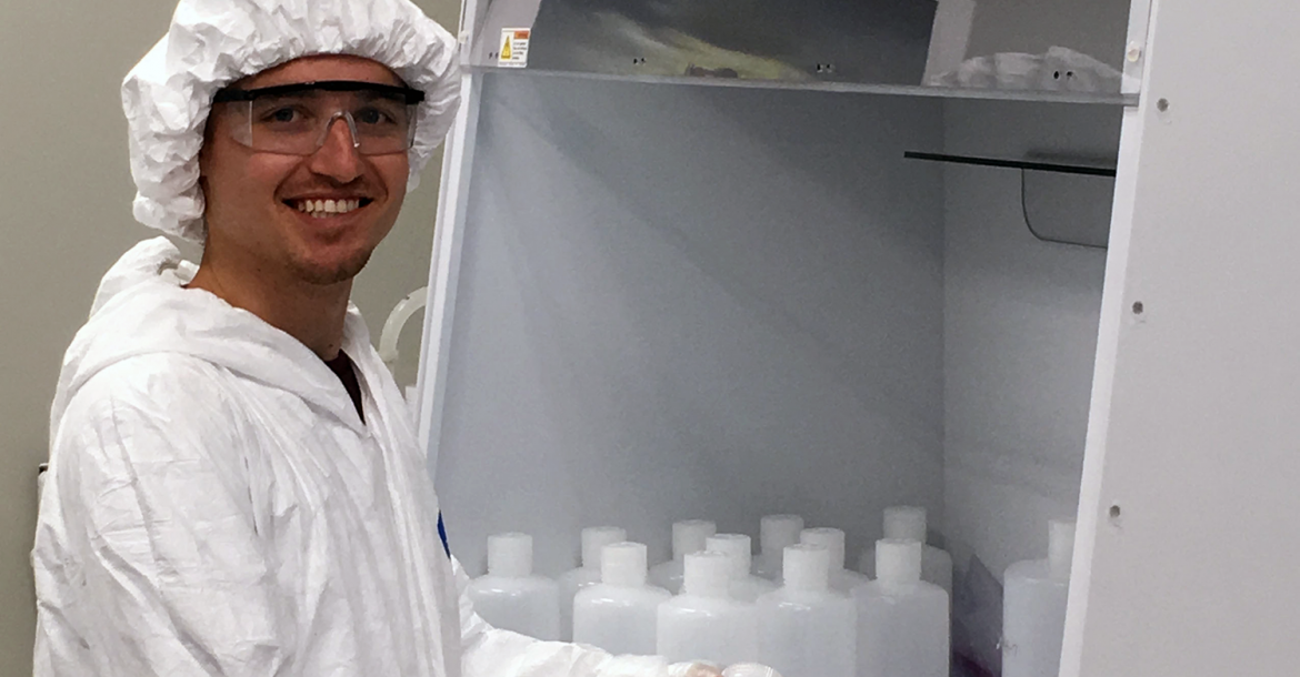 Grad Student Brent Summers in the new clean lab at USFCMS