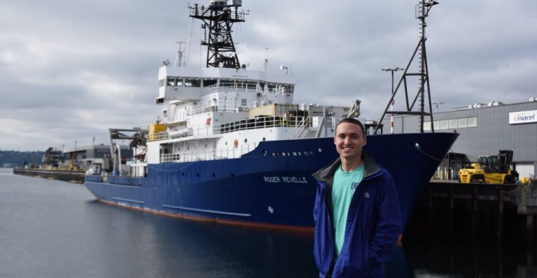 Brent Summers sailing on NSF funded US GEOTRACES GP15