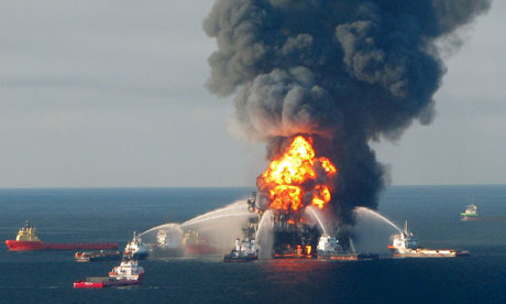 Deepwater Horizon Oil Platform Burns
