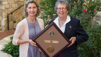 Photo of Pamela Hallock Muller Awarded the Prestigious Raymond C. Moore Medal