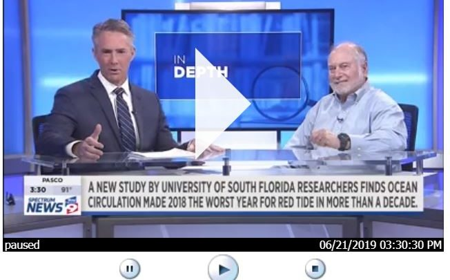 Rick Elmhorst of Bay News 9 (left) sits down with Dr. Robert Weisberg of USF College of Marine Science (right) to discuss red tide. Photo Credit: Bay News 9.