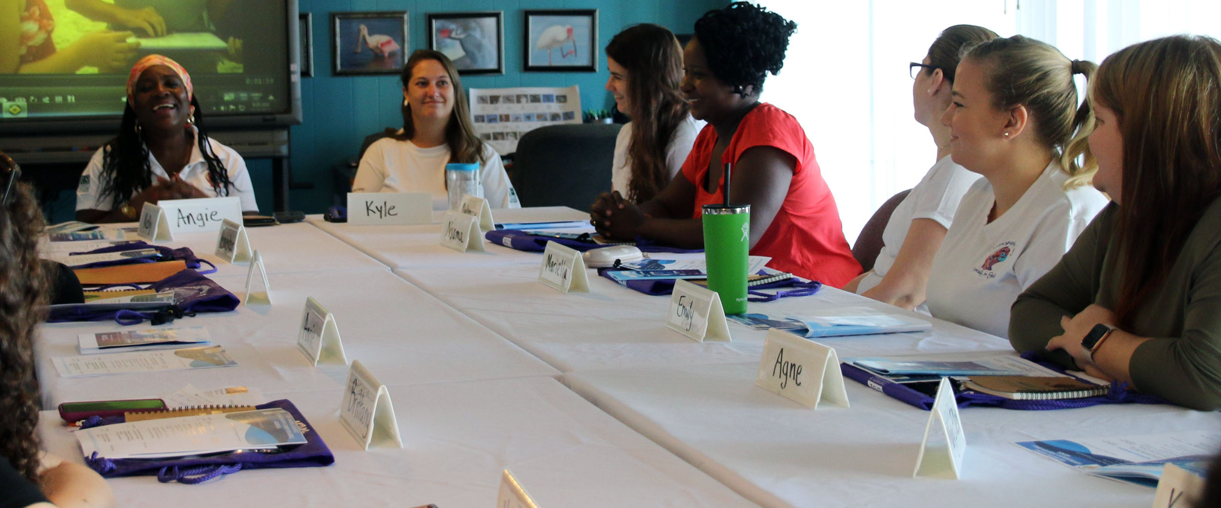 "Dr. Angela Lodge – Angie --facilitated the visit to Clam Bayou, home base for the USF CMS Oceanography Camp for Girls. The visit, held November 5, 2019, was featured as part of the US State Department's ""Hidden No More"" Women in STEM initiative."